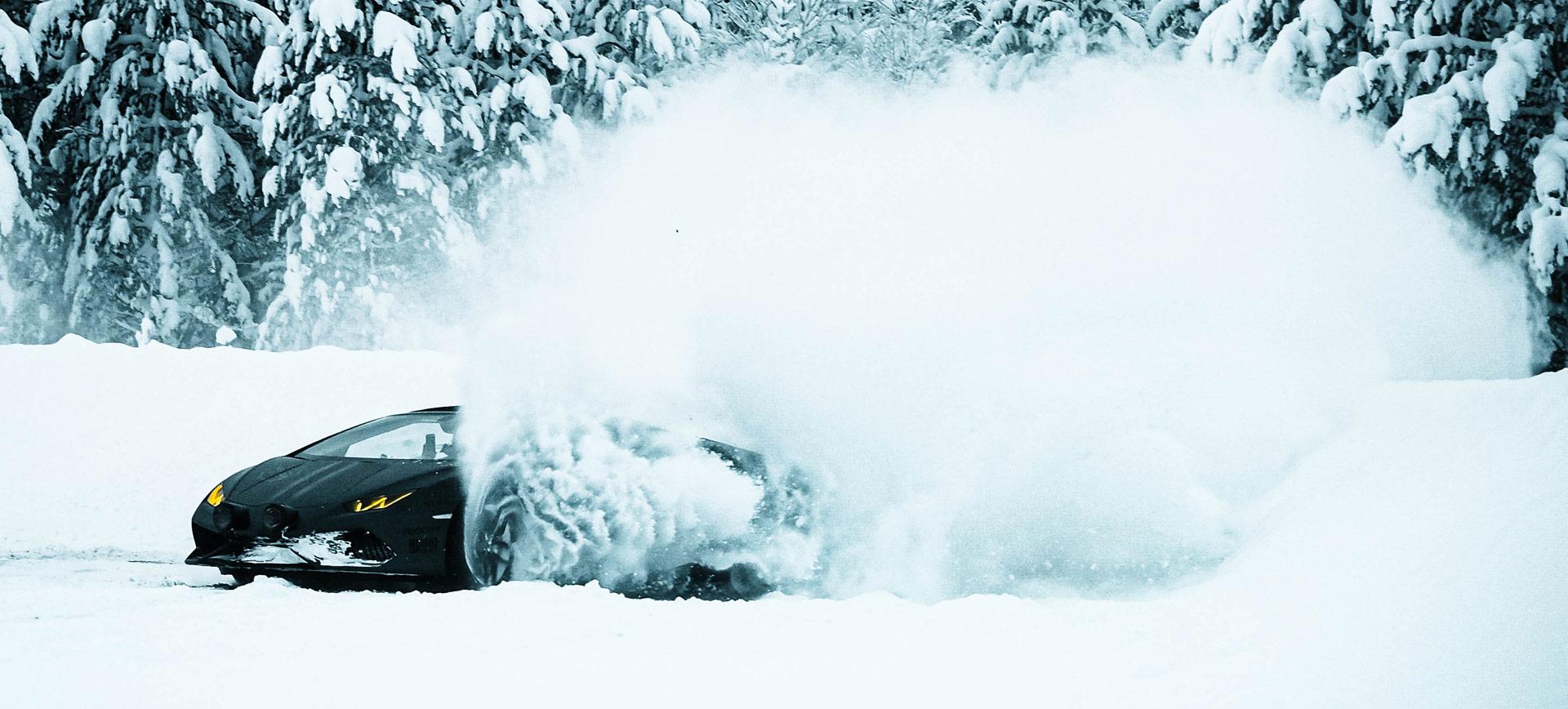 Snowscape Rally Lamborghini Huracan Spyder